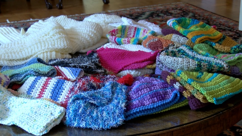 A Tyler church group knits and crochets to help support great causes in East Texas.