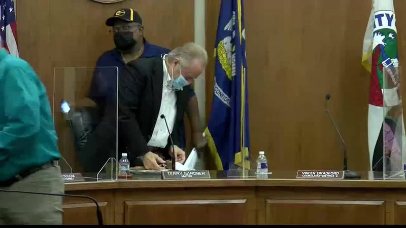 A heated exchange involving a chair erupted between Minden Mayor Terry Gardner and Councilman...