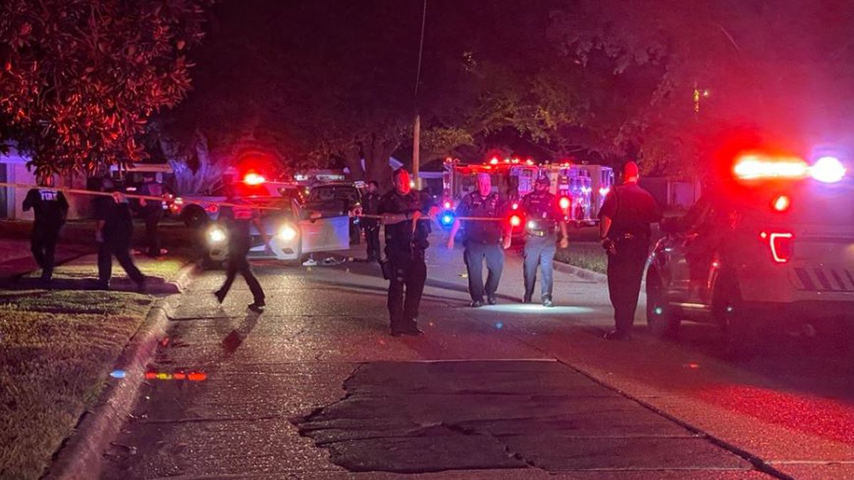 Three people were shot at close range in the 2200 block of West Algonquin Trail in Shreveport...