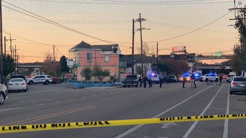 New Orleans Police are on the scene of a shooting that has left one man injured in the Seventh...