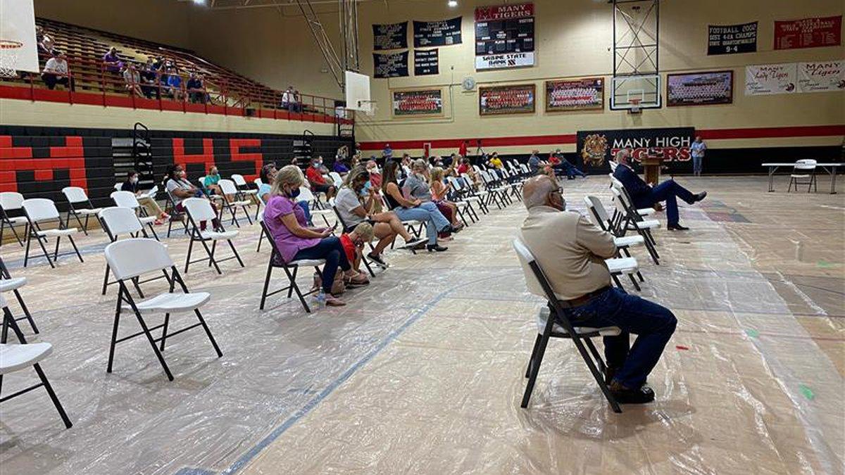 Sabine school leaders, community members set to discuss state mask mandate during special meeting