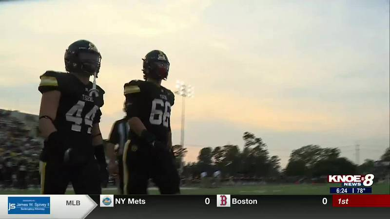 The top two Louisiana high school football prospects, Will Campbell and Walker Howard, prepare...