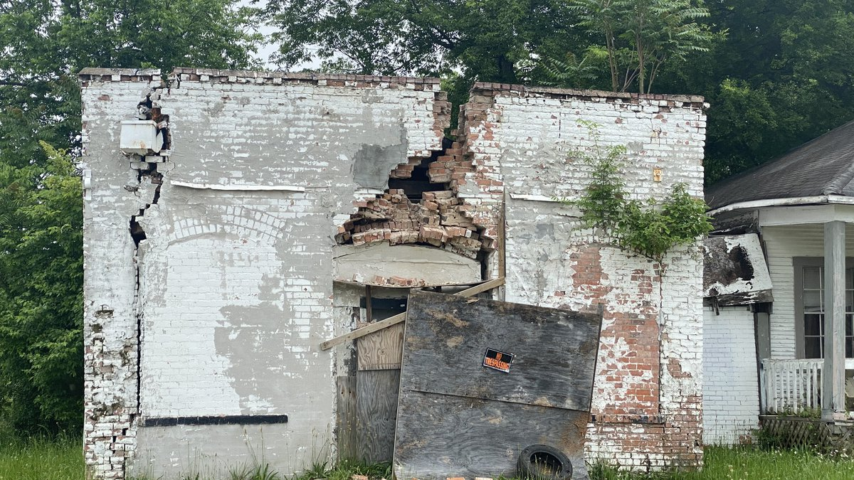 Blighted property near Friendship House in Allendale