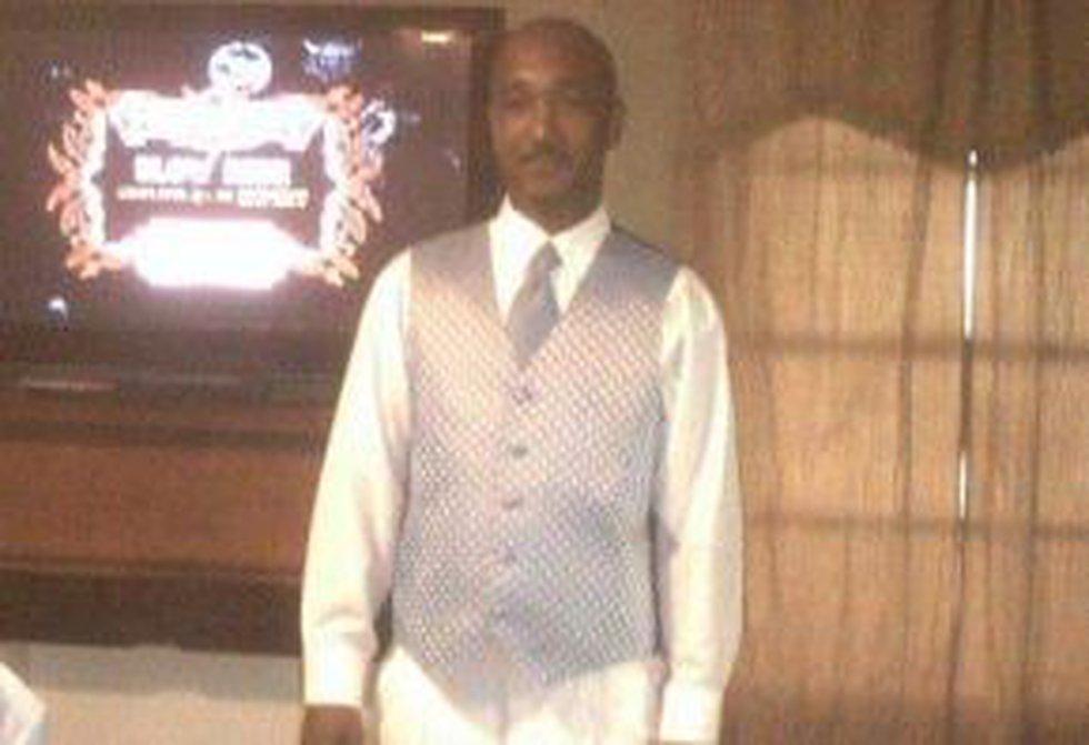 Tommie McGlothen, Jr., 44