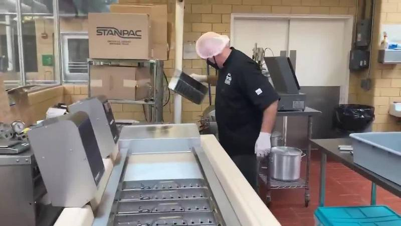 Boombox Frozen Pops keeps business with help from LSU Ag Center