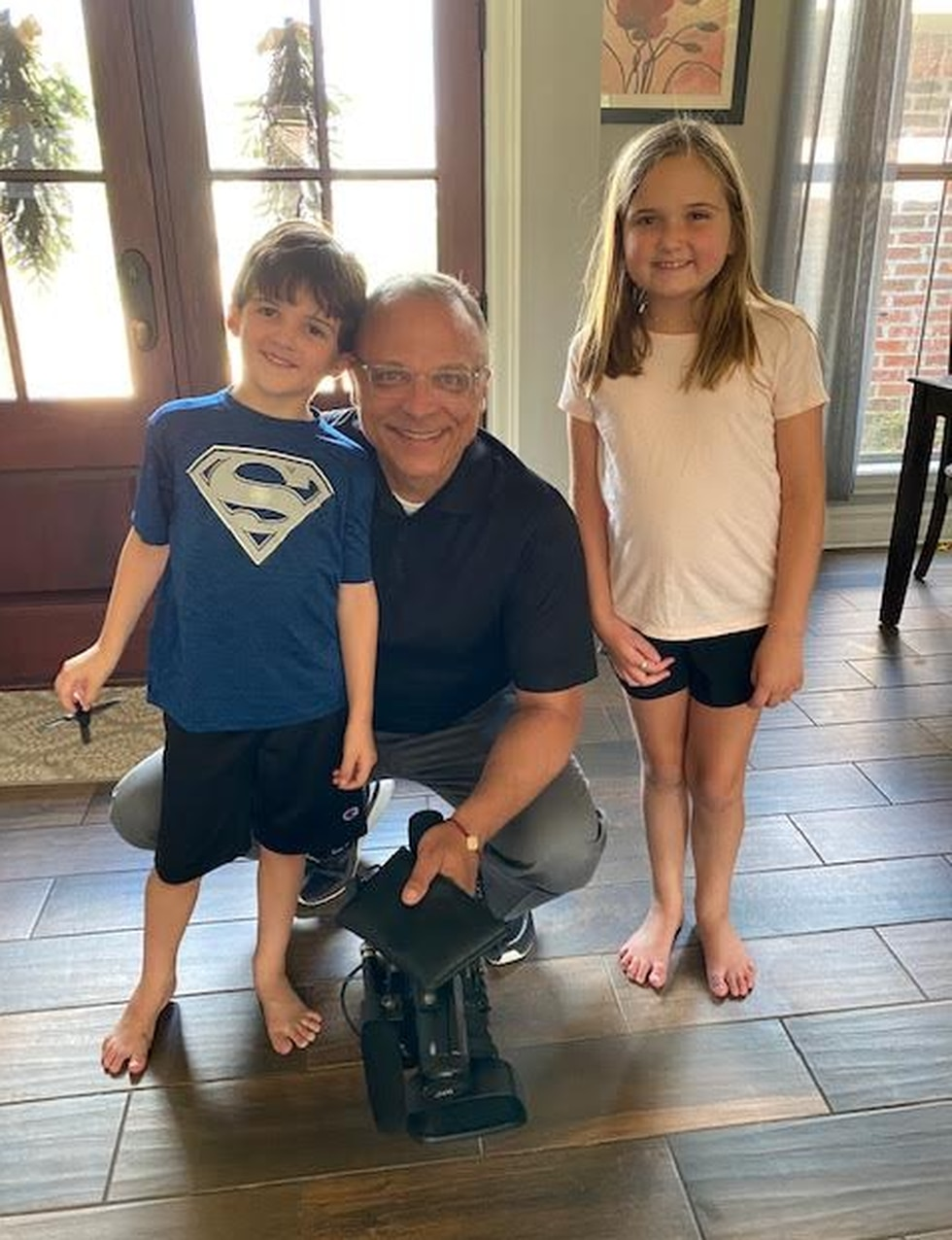 KSLA News 12's Doug Warner visits with Taylor (right) and her brother Pierson.