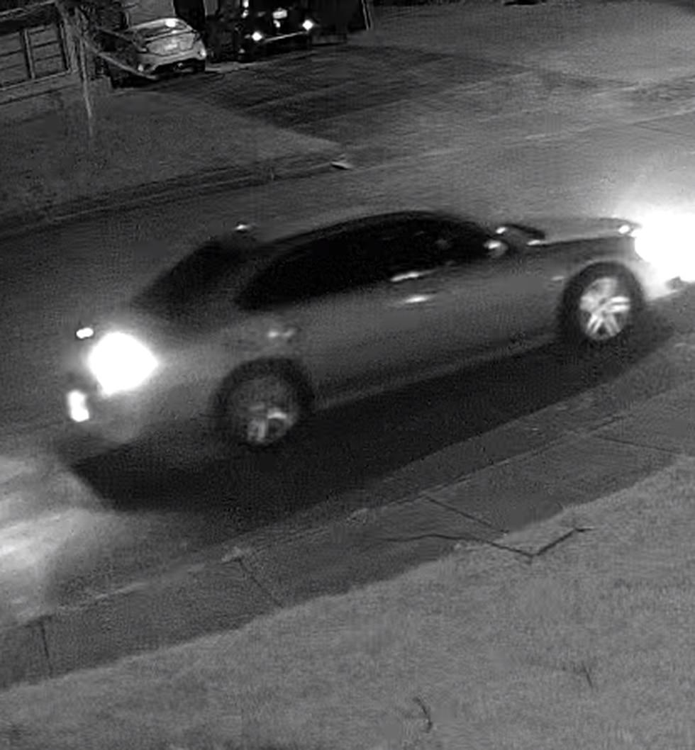 Shreveport police detectives say the man who stole a gardening cart March 20 from the carport...