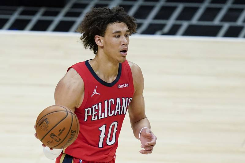New Orleans Pelicans center Jaxson Hayes (10) controls the ball during the first half of an NBA...