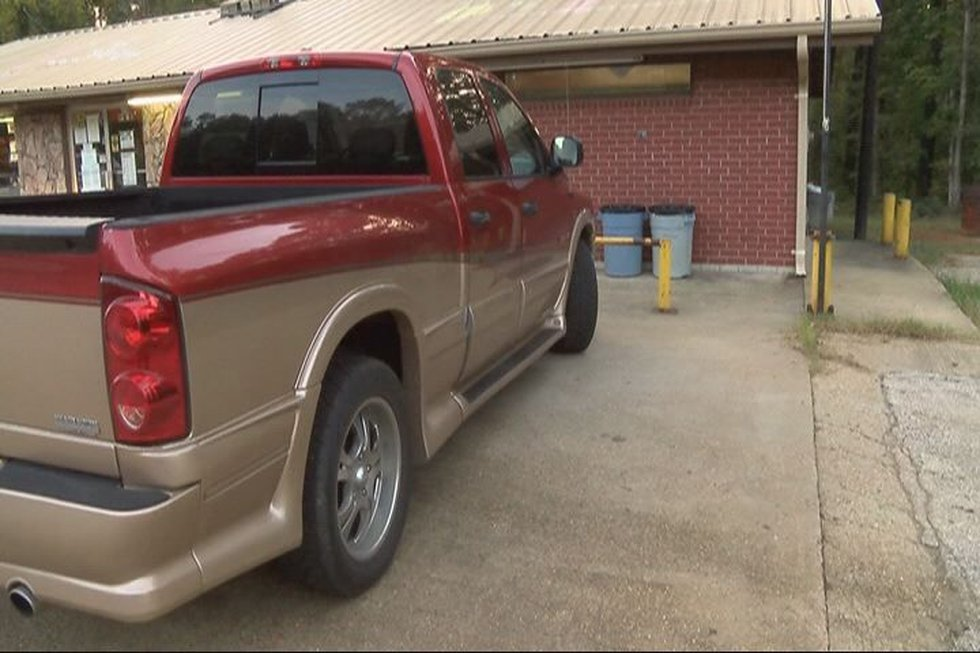 Alfred Wright's truck broke down at CL&M Liquor store in Sabine County, TX