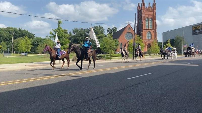 Trail riders parade & block party