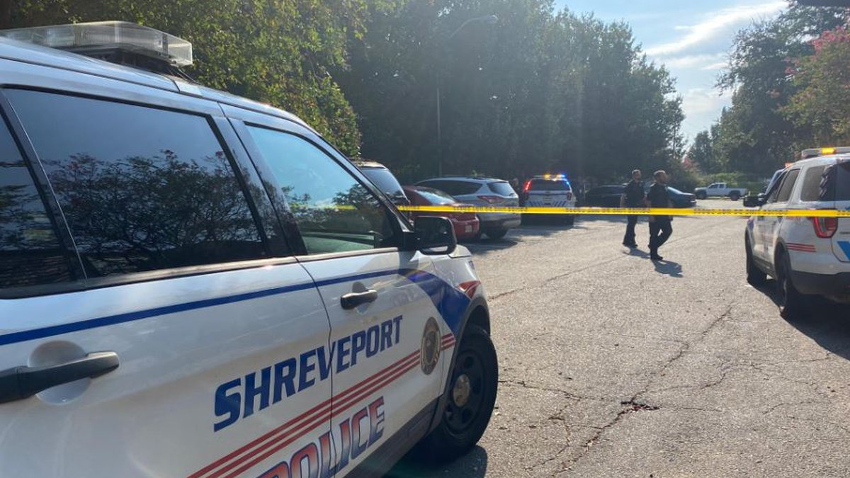 An altercation at Summer Trace Apartment Homes on Knight Street in Shreveport led to gunfire...