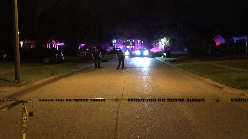 Image from the scene on Navaho Trail.
