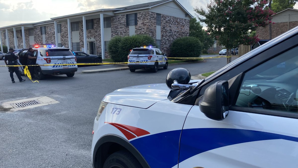 Image from the scene of a shooting at Colonial Plaza Apartments on Sand Beach Boulevard.