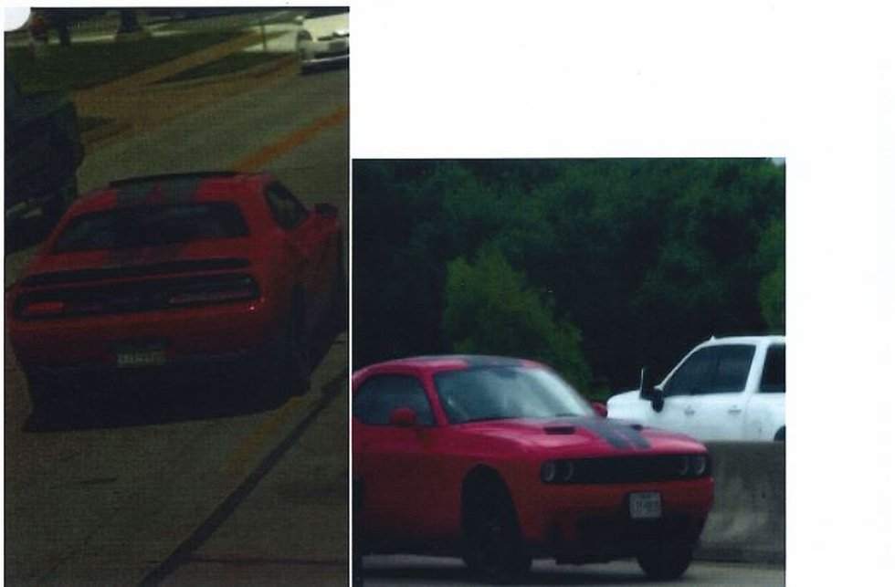 Dodge Challenger TX Plate LTY9935