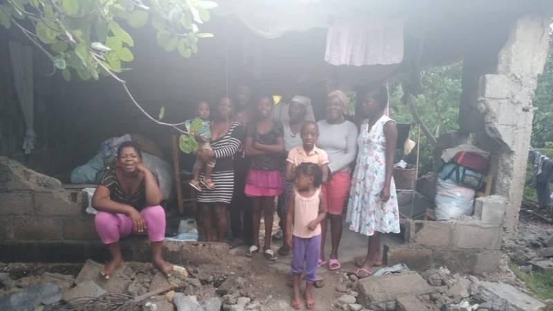 Family in Les Cayes, Haiti