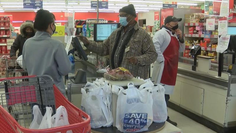 People buying food for the winter storm