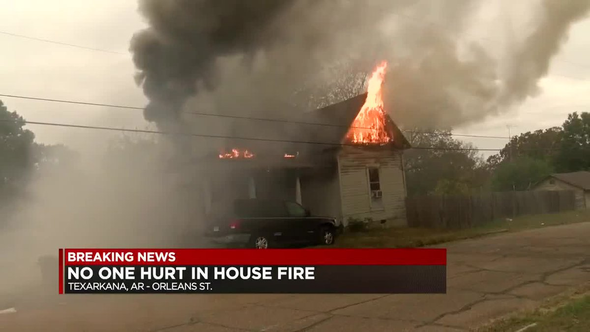 No injuries in Texarkana house fire