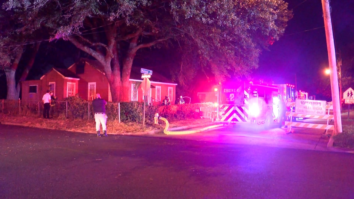 A Bossier City family escaped an early morning fire on Friday, Aug. 6, 2021.