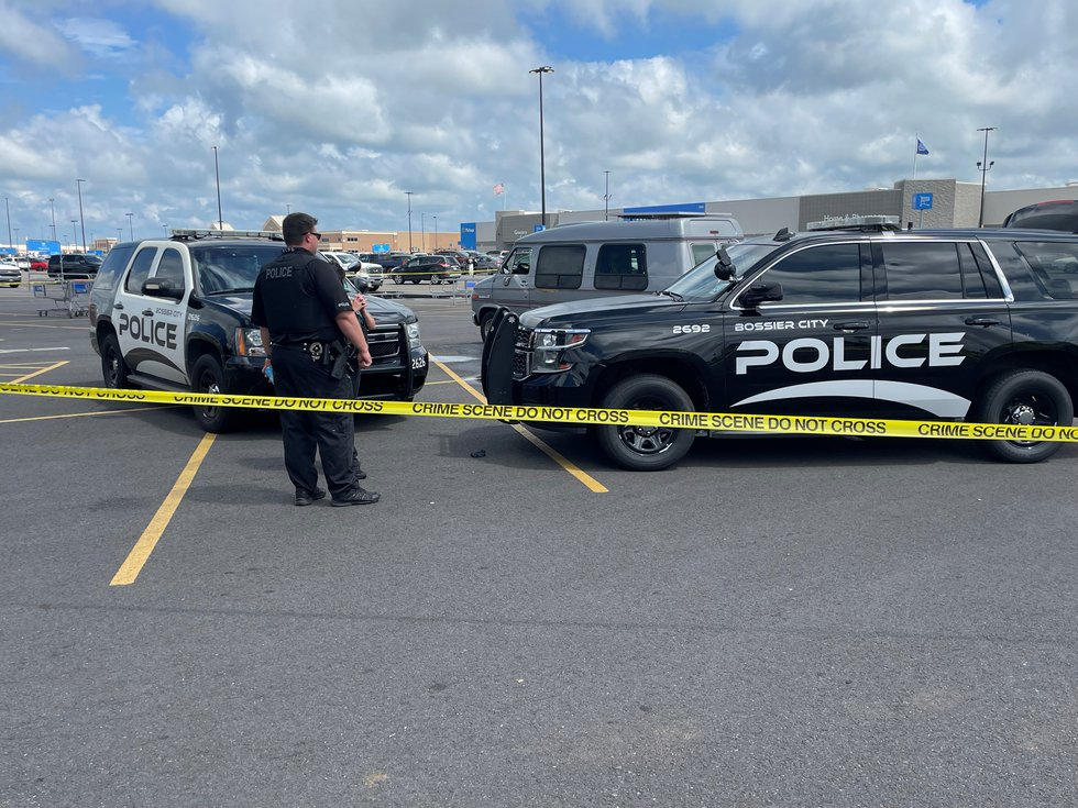 Bossier City police are investigating what caused the death of an unidentified individual in a...