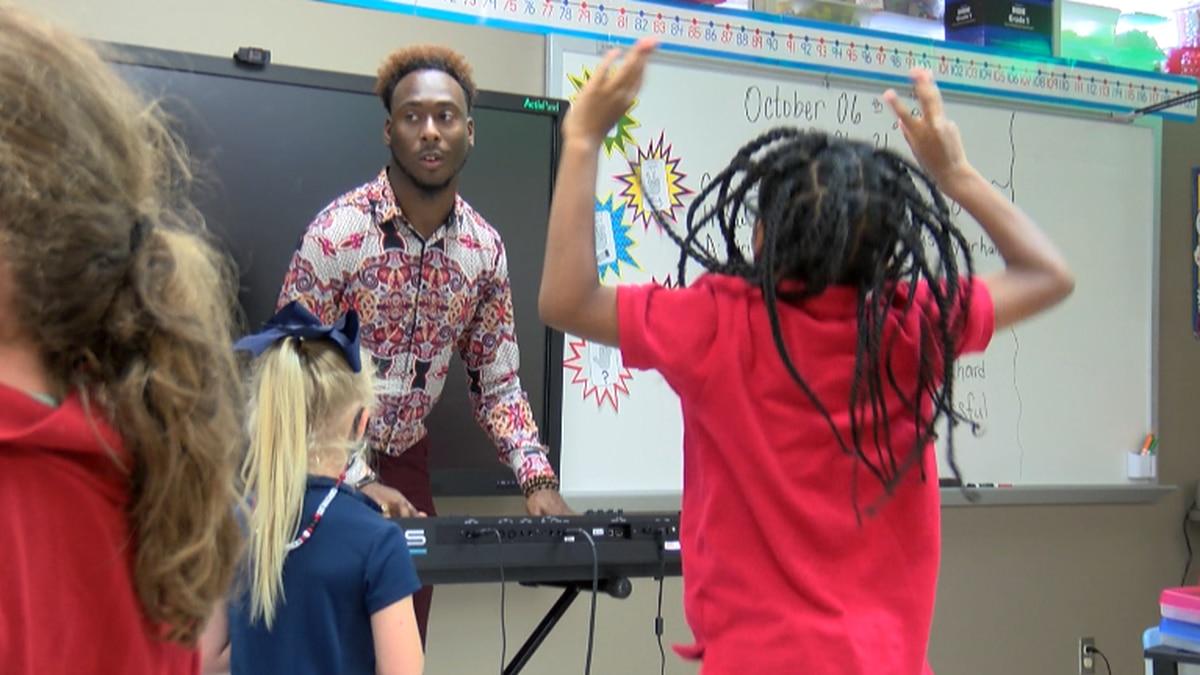 One Sam Houston Elementary teacher in Marshall, Tx is teaching his students math skills through...