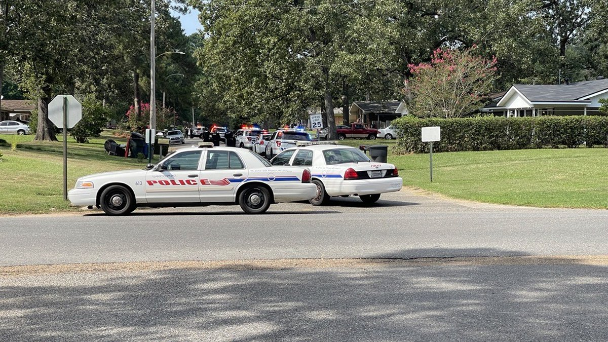 A shooting was reported Wednesday, Sept. 8, 2021 at Poinsettia and Francais drives.