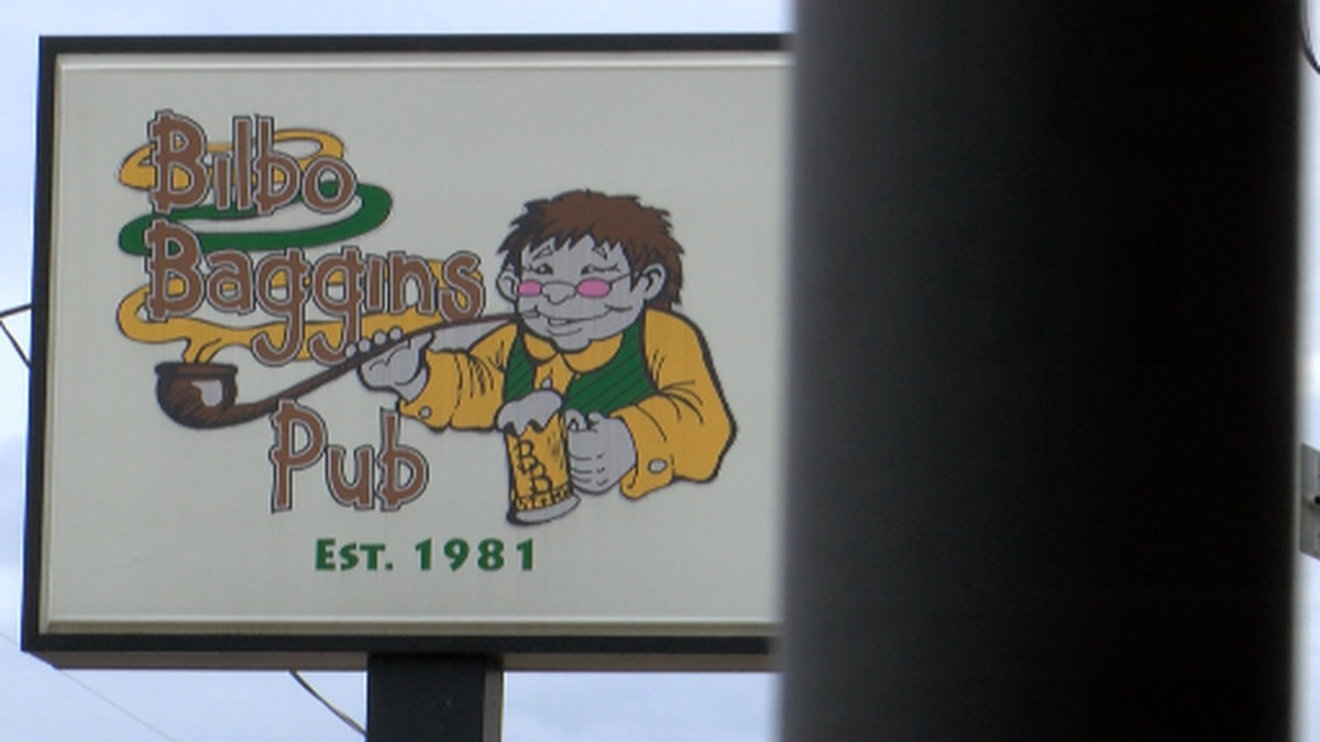 A co-owner of Bilbo Baggins Pub in Bossier City believes bars across the state are being...