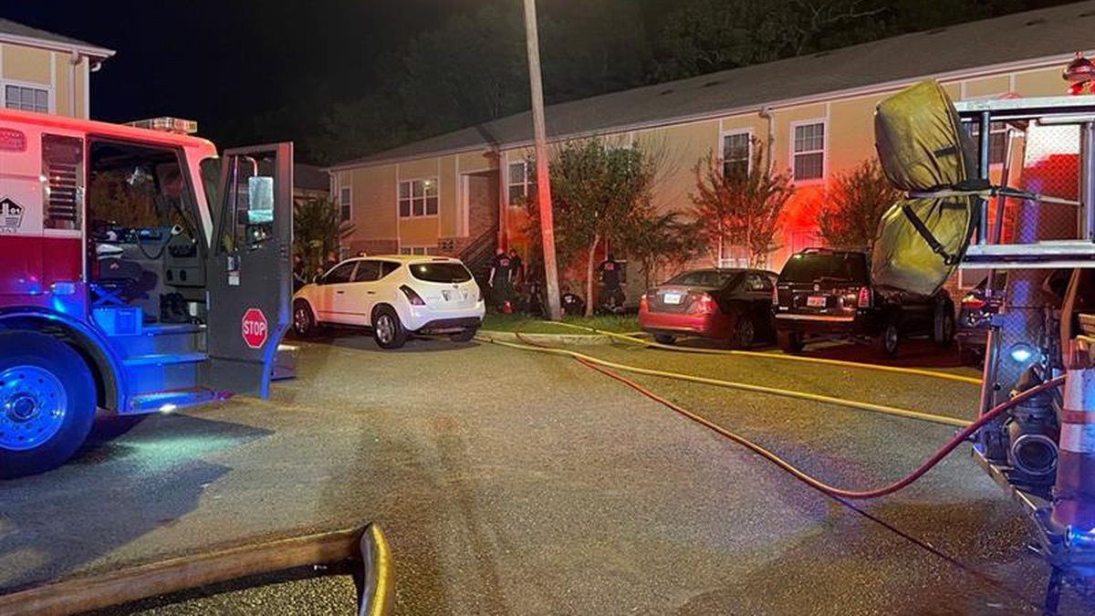 SFD responds to fire at Cyprus Landing Apartments