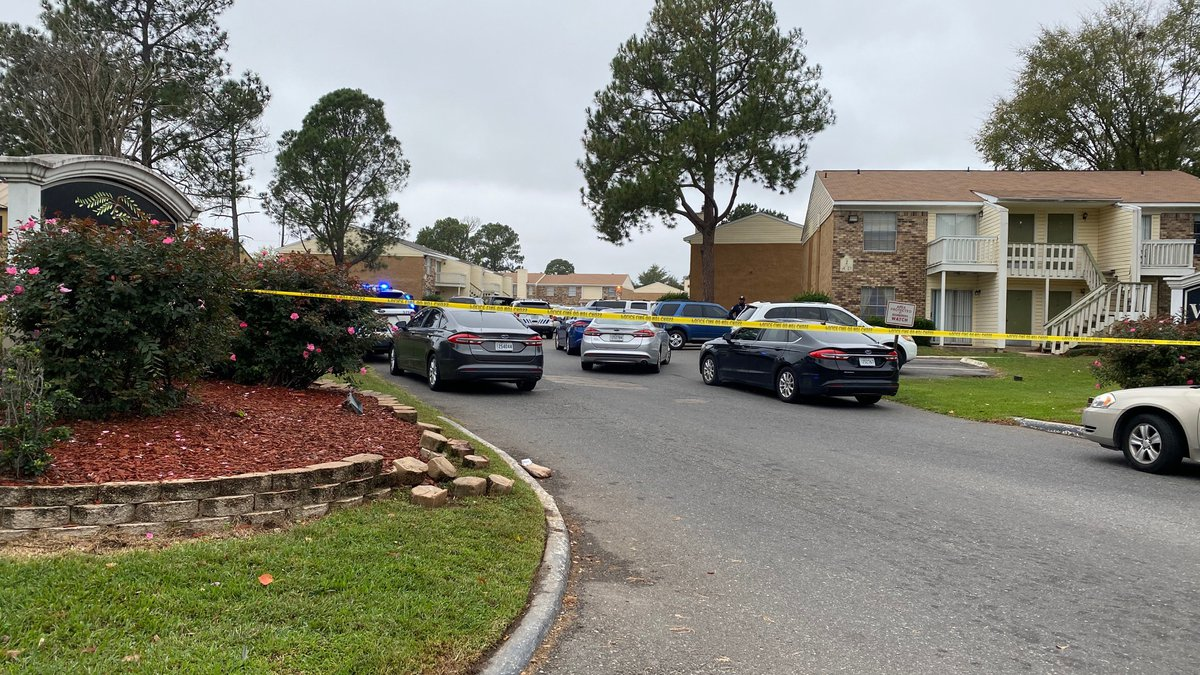 A shooting at the Willow Trace Apartments in the 8100 block of Pines Road leaves one man dead.