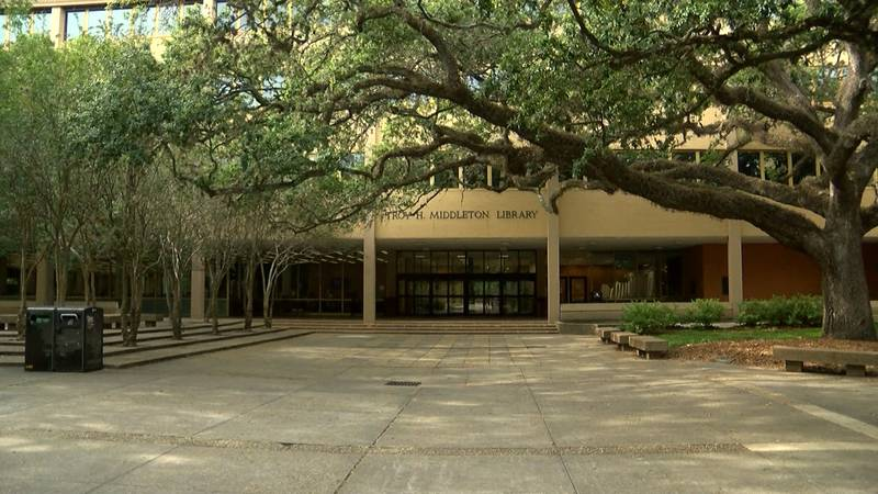 Troy H. Middleton Library on the LSU campus