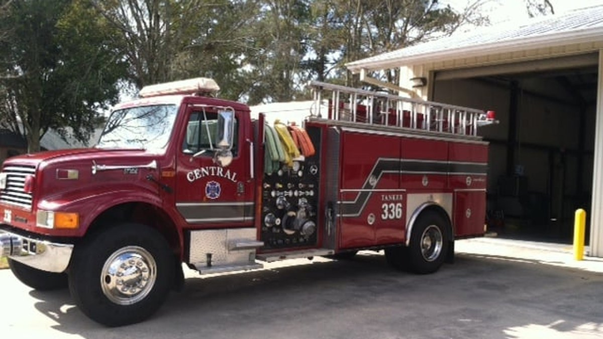 Central firefighters say they are returning the favor to fellow firefighters in North Louisiana...