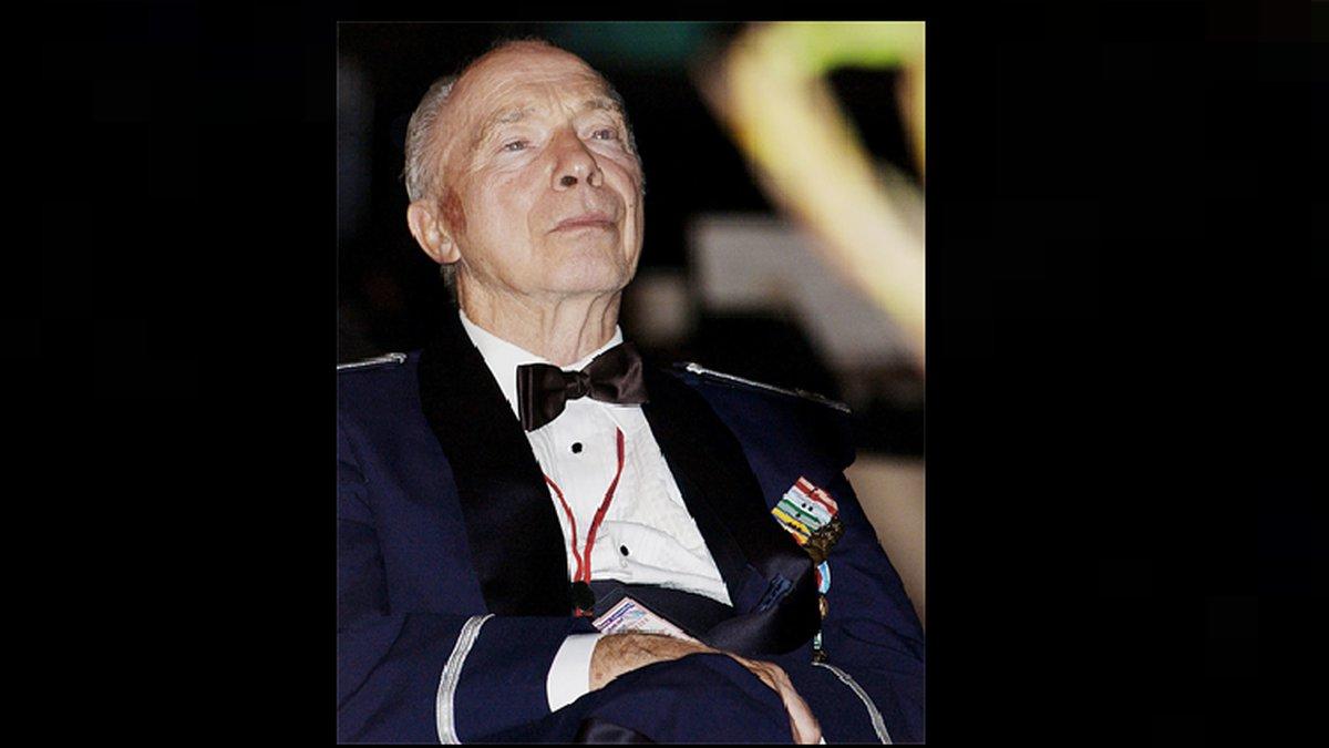 Col. Steve dePyssler.