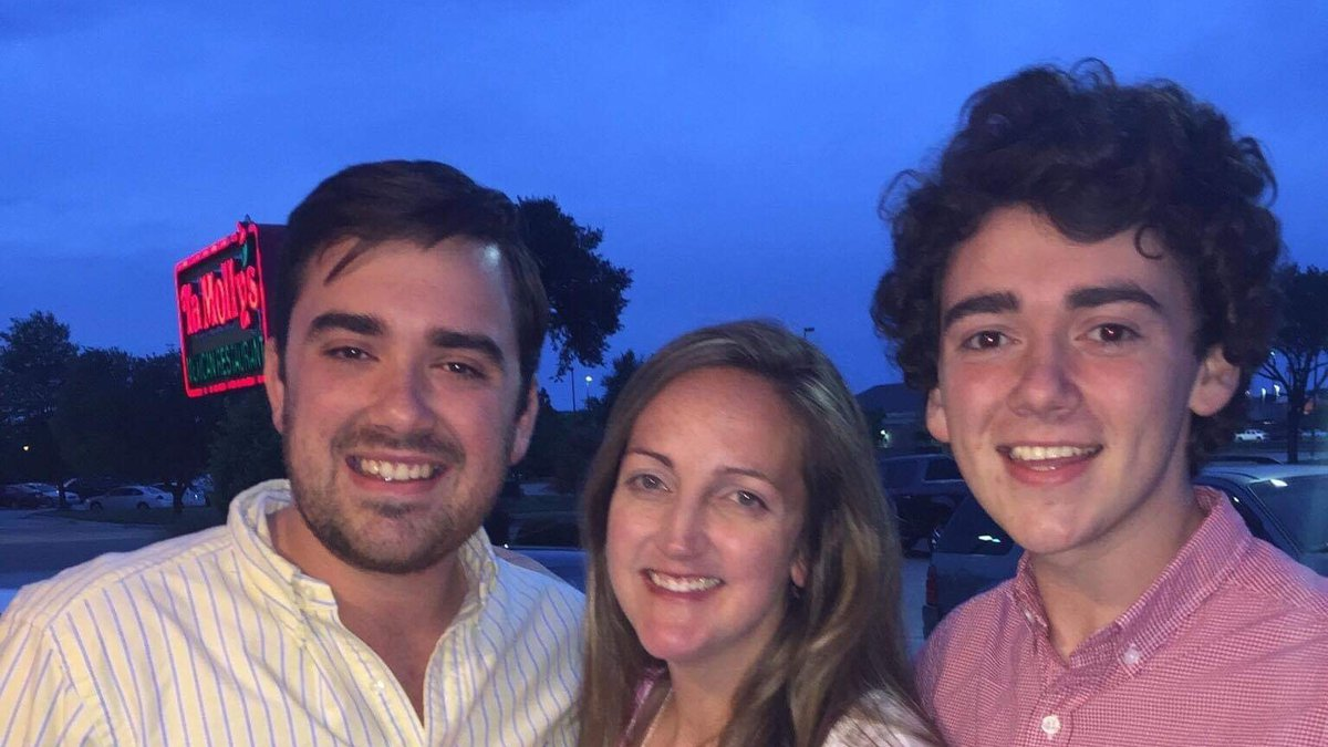 Trey Auld alongside his sister Tiffany, and brother Tyler.