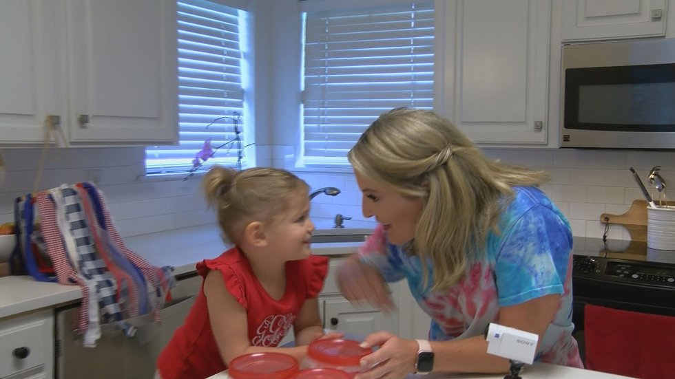 KSLA's Adria Goins tried out these fun 4th of July crafts with her kids, Griffin and Gabby.