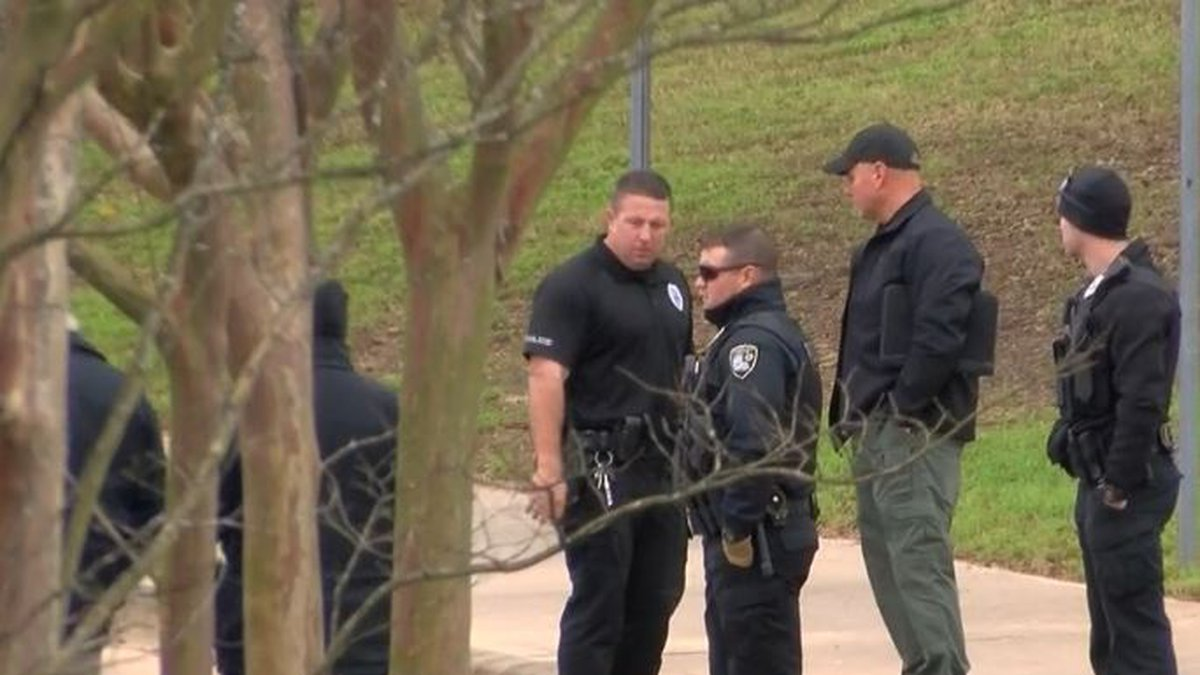 A Bossier City police officer was responding to a report of an attempted carjacking near...
